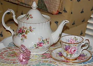 Mama's tea pot