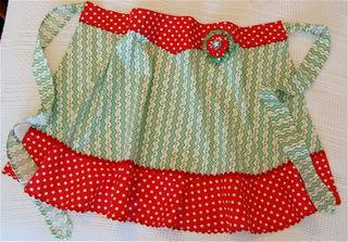 Dot apron bed