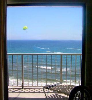 Panama-city-beach-florida-parasail