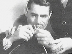 Cary_grant_learns_to_knit_in_mr_lucky_2