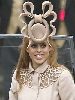Princess-beatrice-wearing-her-royal-wedding-hat