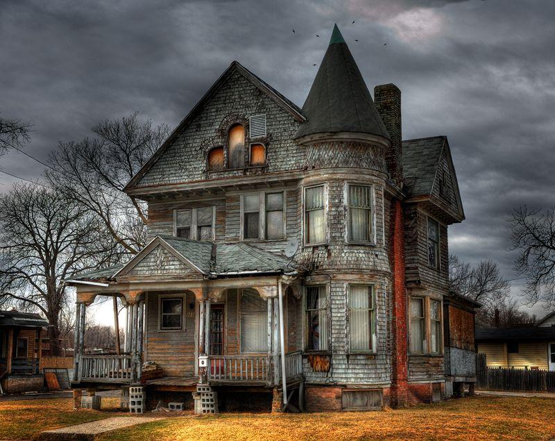 02haunted-house