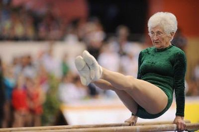 112811-1_Johanna_Quaas_worlds_oldest_gymnast