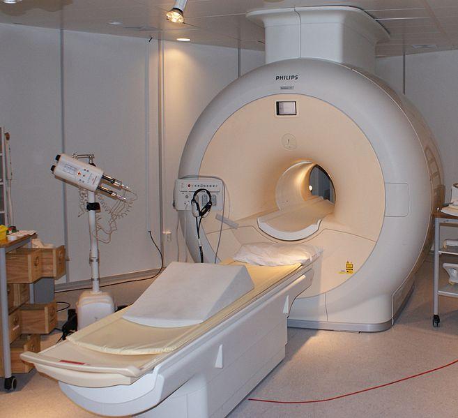 657px-MRI-Philips
