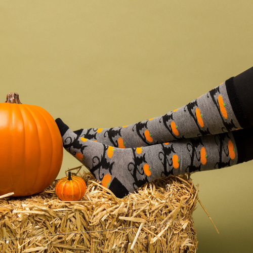 Spooky-halloween-socks-collection-2