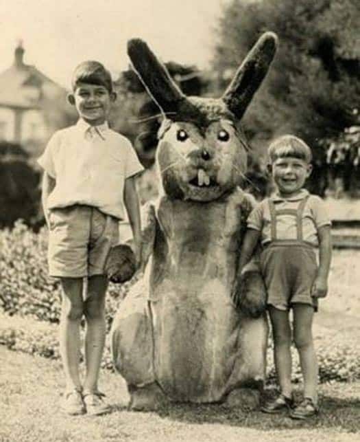 Creepy-easter-bunny-13.jpg.optimal
