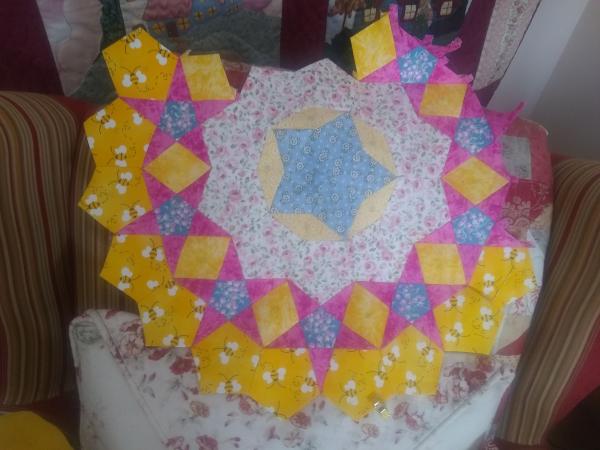 Fabric Cut Sew HENRIETTA Hen Chicken 1997 vintage Spring Industries Quilt
