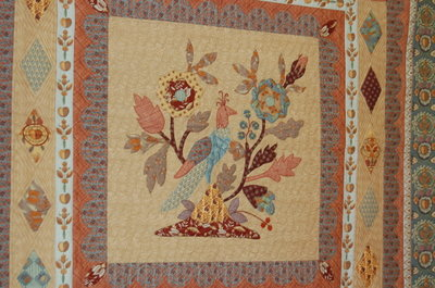 Quilt_brown_peach_bird