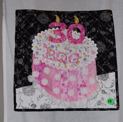 Q_pink_cake